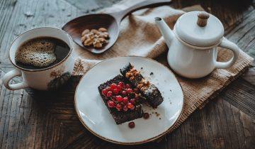 Sabah kahvaltısında kakaolu kek olur mu ? Olur :)